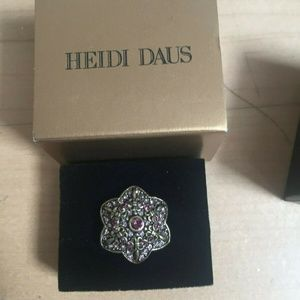 "HEIDI DAUS ""Unforgettable Lavaliere"" purple BNIB 7"
